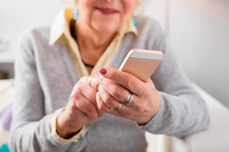 Como o TeleCare complementa o tratamento?