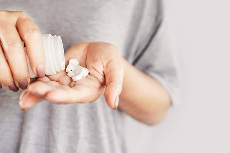 Como é feito o diagnóstico da perda auditiva causada pelos medicamentos ototóxicos?