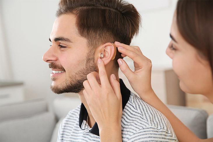 Tecnologias utilizadas em um aparelho auditivo moderno